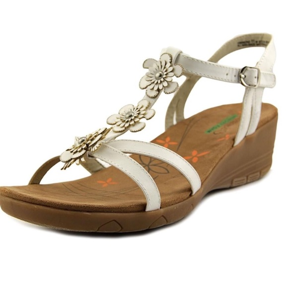 19e3d46aab BareTraps Shoes   Bare Traps Hammond Wedge Floral Sandals 10 New ...
